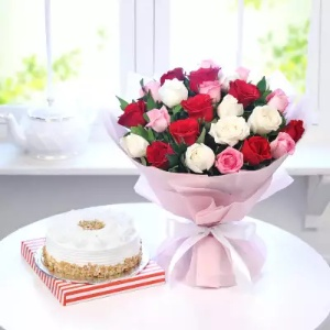 25 Mix Roses Bouquet with 1/2 Kg Butterscotch Cake