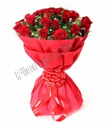 Bunch of 20 Red Roses in Matching Tissue Paper Packing