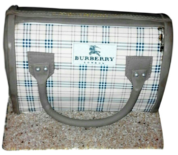2kg Burberry Purse Shape Fondant Cake
